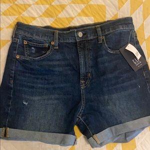 """Gap High Rise shorts 4"""""""